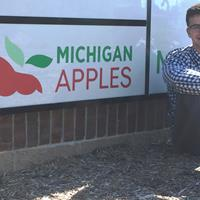 "Ryan the Intern – Apple ""Rookie of the Year"""