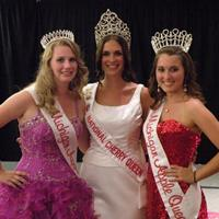 Michigan Apple Queen and Court – Summer Parades