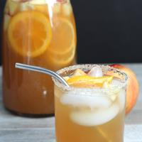 Apple Pie Party Punch makes for a tasty fall cocktail!