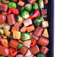 Sheet Pan Sausage, Apples and Vegetables