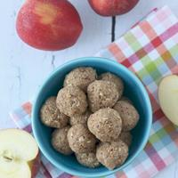 Apple Cinnamon Oat Energy Bites