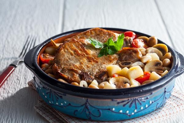 Fresh Michigan Apple & Pork Cassoulet
