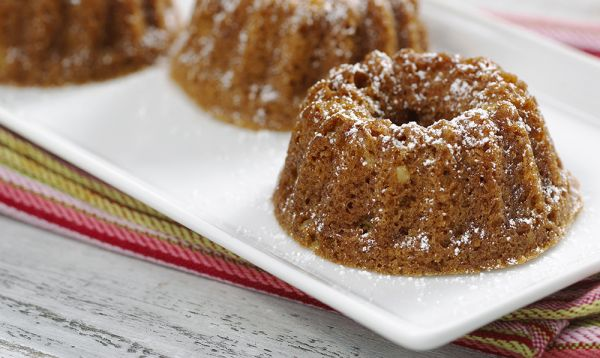 Zehnder's Heirloom Applesauce Cake